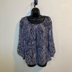🌸 3/$20 Cleo 3/4 sleeve flowy shirt